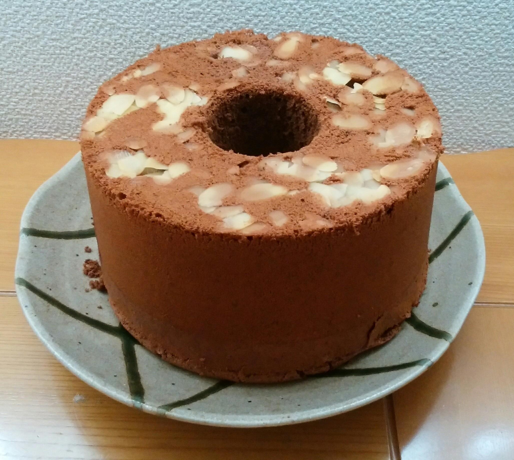 3回目のチョコシフォンケーキも、上々の出来栄えでした