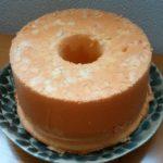 プレーンシフォンケーキ9回目にして、卵白に卵黄が混ざるハプニング発生!