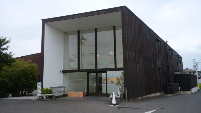 【2017夏18きっぷ旅行】日帰りで『まちのシューレ963』と『仏生山温泉』へ