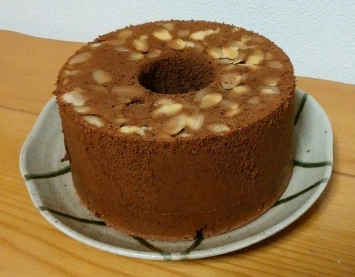 初めてチョコレートシフォンケーキを作りました