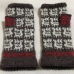 ヘラジカのミトン【冬の日の編みもの】